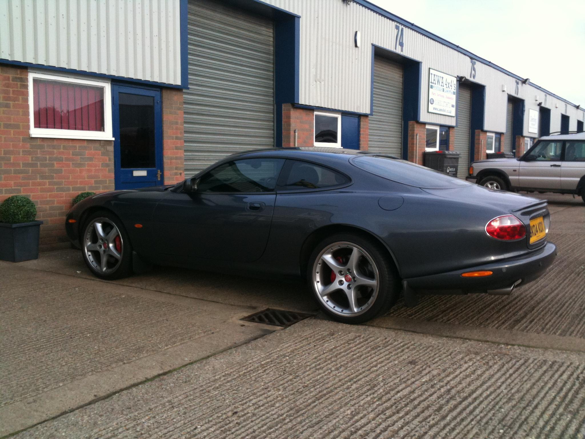 Jaguar Xkr 01933 441451